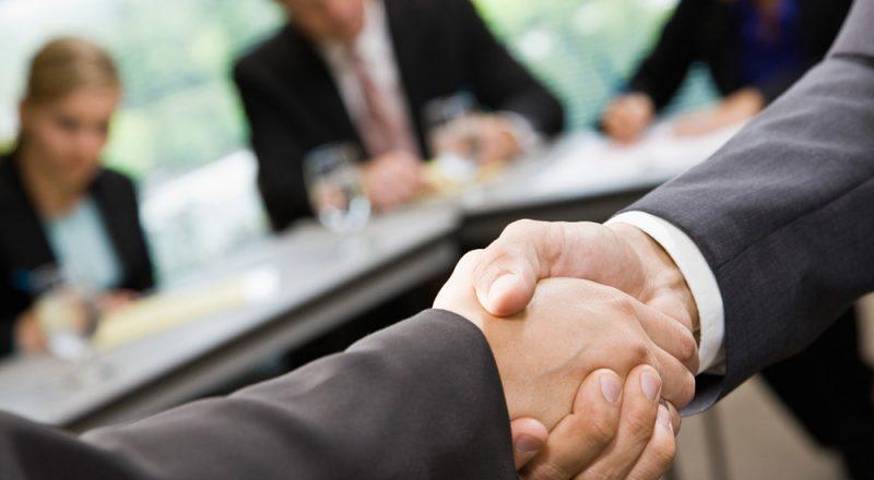 Συνεργασία insurancemarket.gr & ARAG