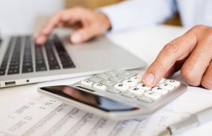 Πώς υπολογίζονται οι εισφορές αυτοαπασχολούμενων – ελ. επαγγελματιών