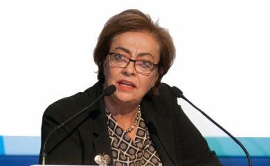 Χαιρετίζει την 1η Εθνική Συνδιάσκεψη η Γ.Δ. της ΕΑΕΕ κ. Μ. Αντωνάκη