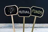 ΕΙΑΣ: Αμοιβαία κεφάλαια και επενδυτικά προϊόντα