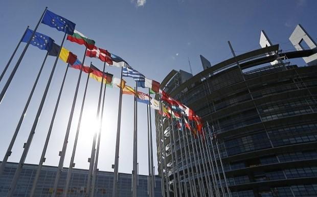 Προειδοποίηση για νέες μορφές απάτης και κατάχρηση κονδυλίων σε κράτη μέλη