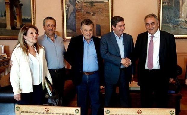 Ε.Ε.Α. – Δήμος Αθηναίων συζητούν για τα προβλήματα ανάπτυξης και κοινωνικής πολιτικής