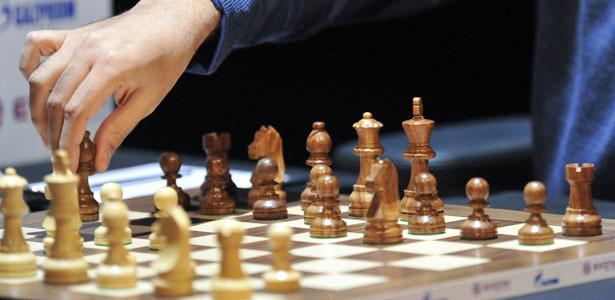 Κινήσεις στη σκακιέρα μεγάλων ασφαλιστικών