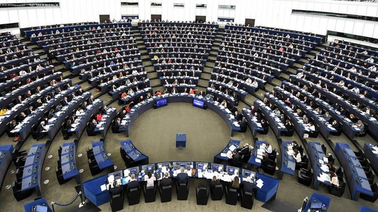 Οι Ευρωβουλευτές απαιτούν καλύτερη εφαρμογή της νομοθεσίας προστασίας των καταναλωτών στην ψηφιακή οικονομία