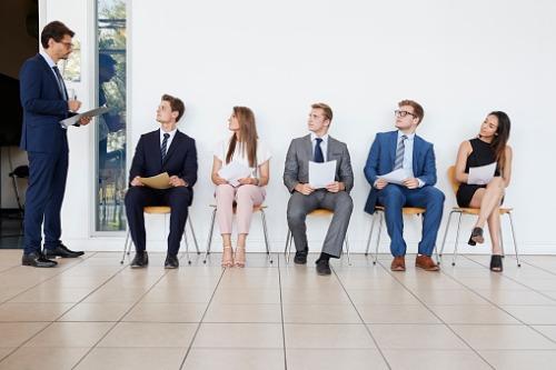 Ευκαιρίες για εργασία στην ασφαλιστική αγορά