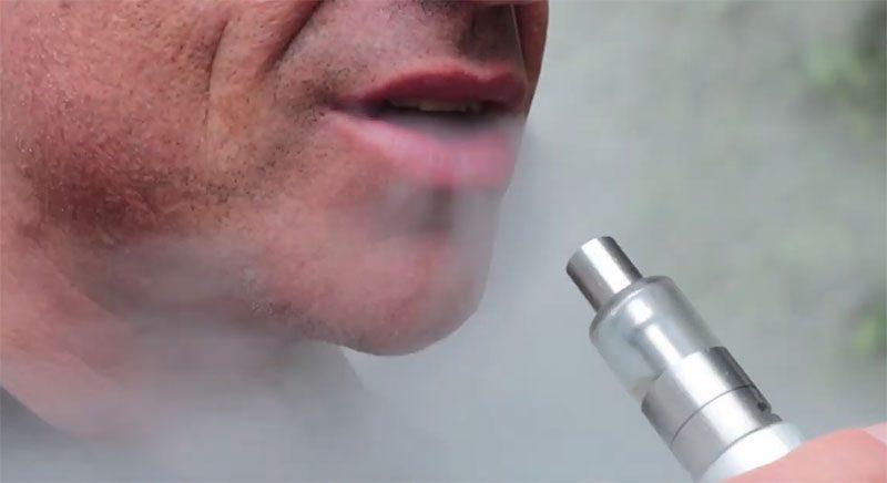 Έρευνα καταδεικνύει τα οφέλη του ηλεκτρονικού τσιγάρου