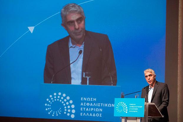 Ο ΣΥΡΙΖΑ αναφέρεται στην ΝΝ και καλεί την κυβέρνηση να επιβάλει ενιαία τη νομοθεσία για την ιδιωτική ασφάλιση