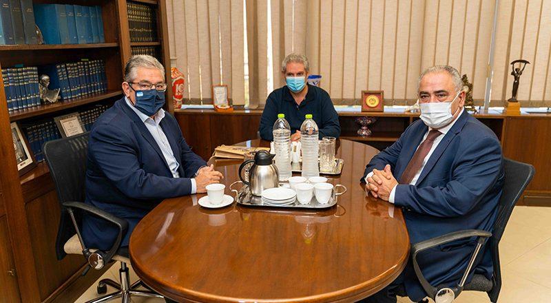 Συνάντηση Προέδρου ΚΕΕΕ με τον Δημήτρη Κουτσούμπα
